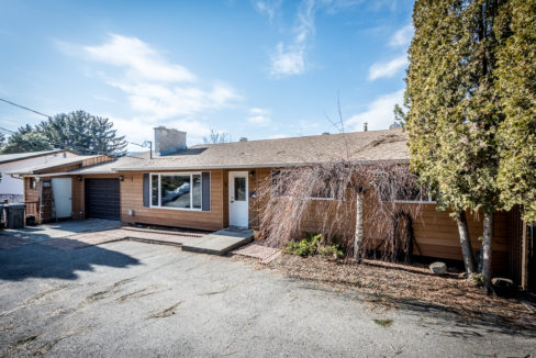 1615-Mt-Dufferin-Ave-2