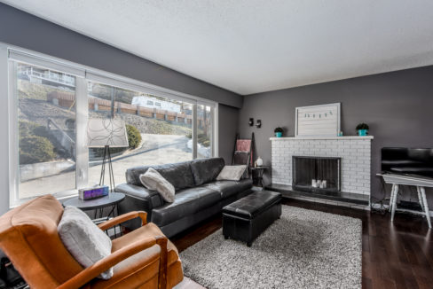 1615-Mt-Dufferin-Ave-5