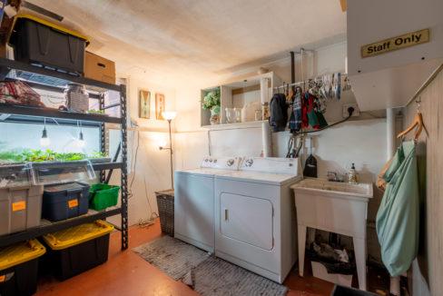 1075-Calmar-Place-13