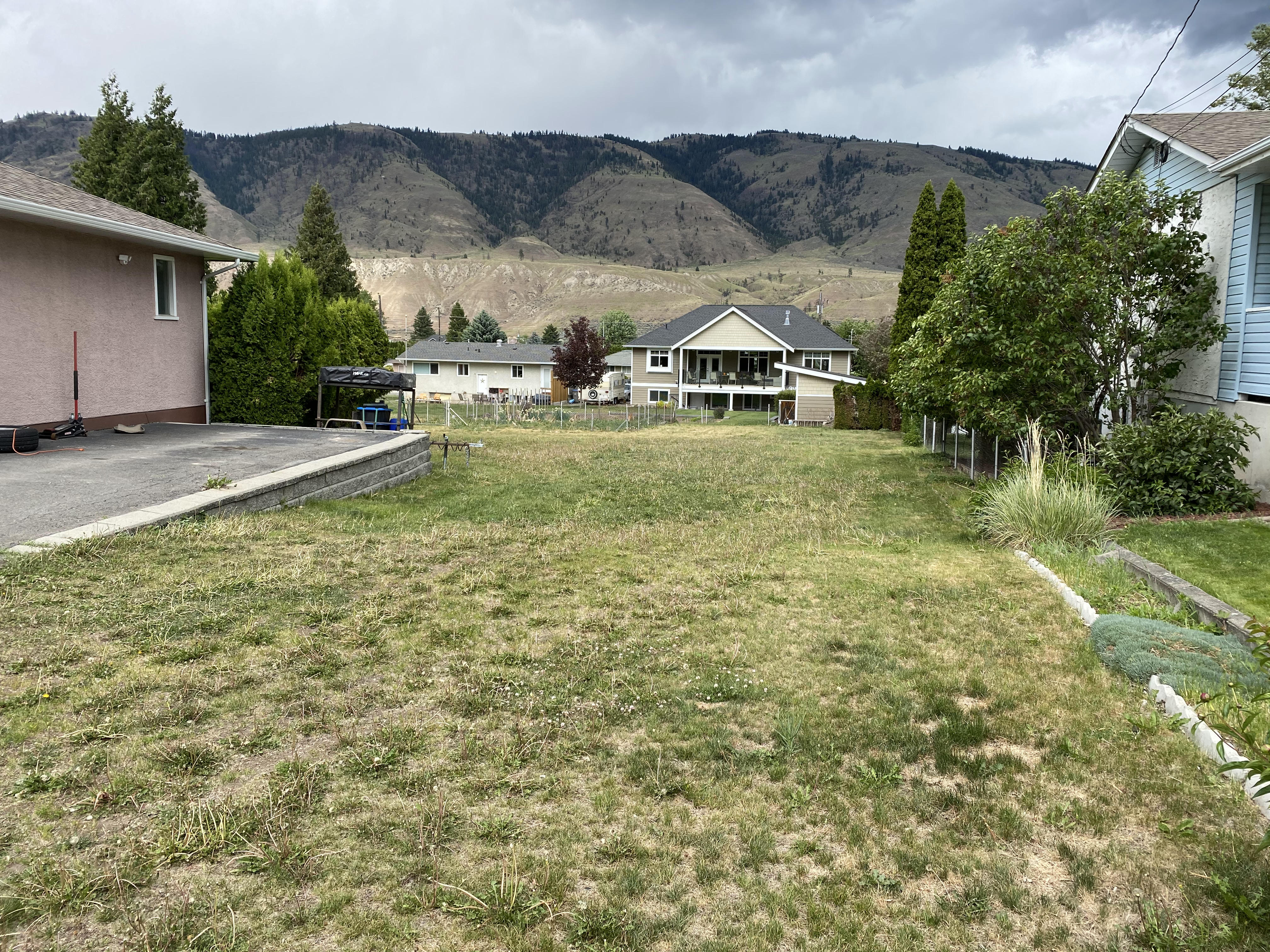 Valleyview Lot, Ready for Your Dream Home – 2638 Valleyview Drive